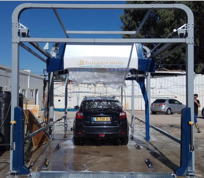 Car-washing-machine-leisuwash-360-automatic-car.jpg